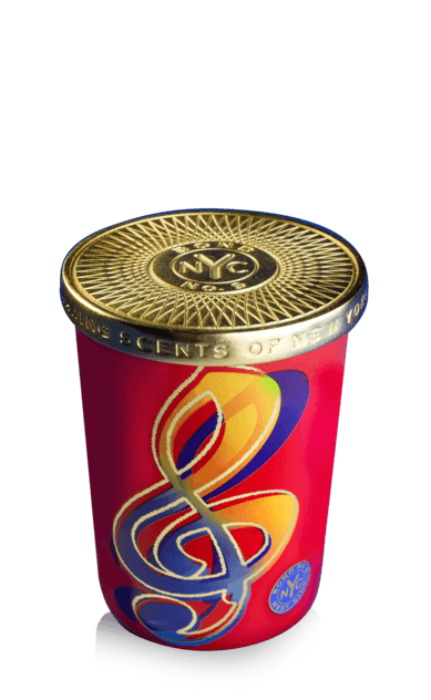 BOND NO. 9 WEST SIDE SCENTED CANDLE
